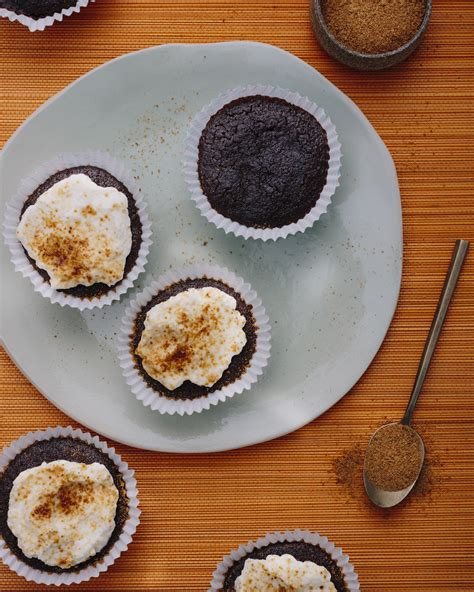 Cooked Beets Shelf by Rens Kroes Choco Beetmuffin