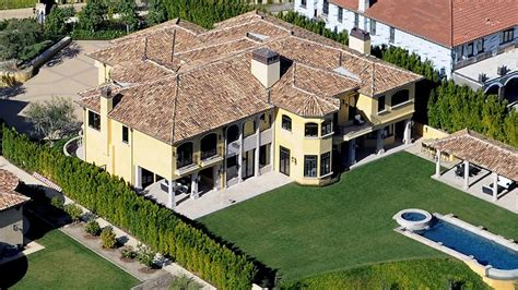 kim kanye house kim kardashian and kanye west splurge on 11m mansion