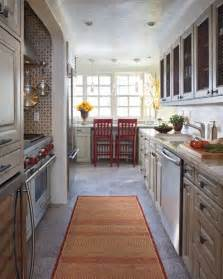 galley or narrow style kitchen ideas using colours to make