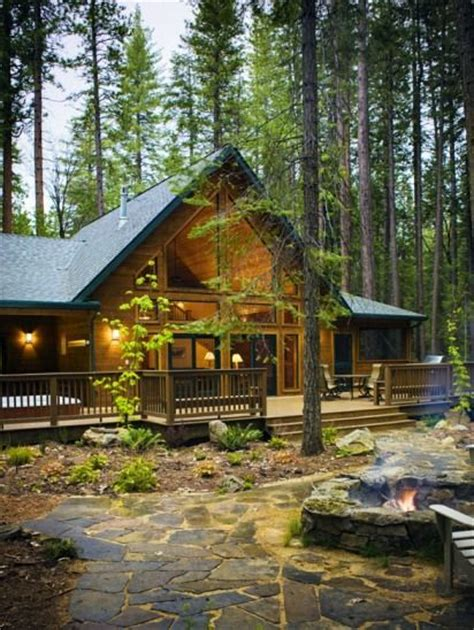 Yosemite National Park Lodging Cabins by Evergreen Lodge An Historic Yosemite Hotel Nestled In The