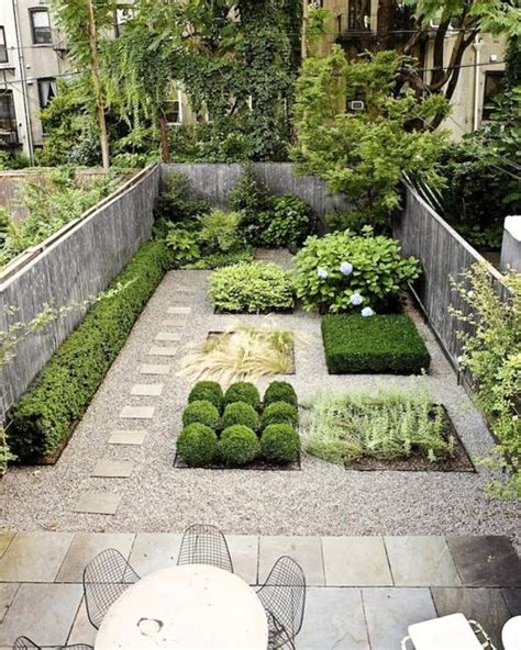 15 small yard landscaping ideas using imagination to