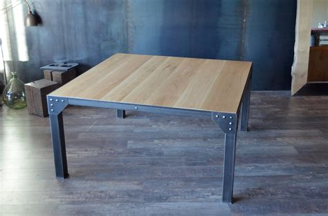 Ordinaire Table Carree 8 Personnes #3: 294table-de-repas-carree-industrielle-bois-acier.JPG