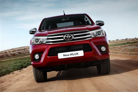 toyota desktop toyota hilux 2016 wallpapers hd high quality download