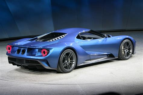 ford supercar ford unveils 600 hp twin turbo ecoboost v6 gt supercar at