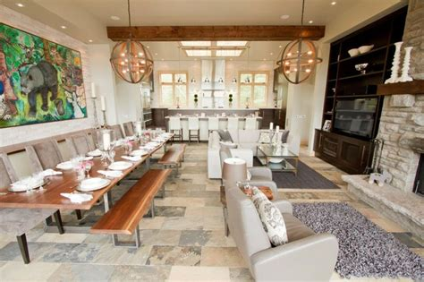 Bryan Baeumler Cottage bryan baeumler cottage great room erthcoverings coral