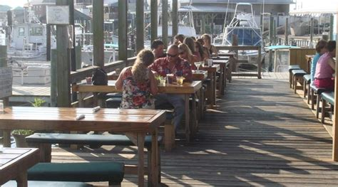 20 great restaurants virginia beach vacation guide dockside restaurant and marina virginia beach vacation guide