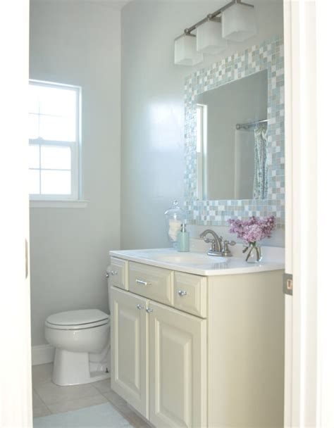 Paint Colors For Small Bathrooms - best colors to use in a small bathroom home decorating