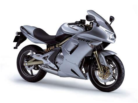 Kawasaki Er6f by Er 6f 2014