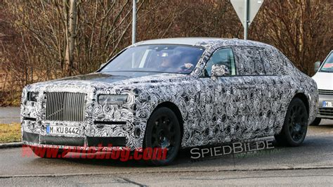 rolls roy evolutionary rolls royce phantom replacement captured for