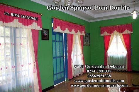 Gorden Jendela Dan Pintu Ungu Polos gambar atau foto gorden jendela rumah minimalis atau gorden jendela rumah modern yang memberi