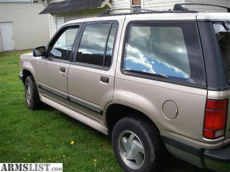 93 Ford Explorer by Armslist For Sale Trade 93 Ford Explorer Xlt 4x4