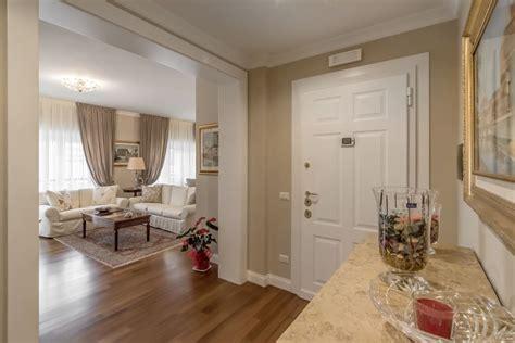 arredo ingresso classico ingresso ingresso corridoio in stile di facile