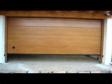 portoni sezionali ditec montaggio di un portone sezionale da garage breda