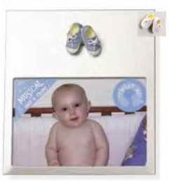 Engsel Baby Box Bfl 888 musical frame with sneakers windup