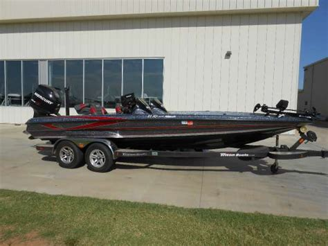 Foot Step Triton 2012 Model Ori 1990 triton boats 21xs boats for sale