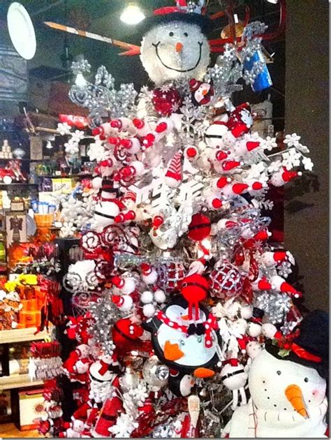 snowman christmas tree in cracker barrel snowman tree