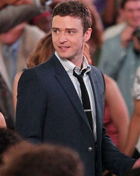 Justin Timberlake Looking In Details by Doesn T Justin Timberlake Look Dreamy In A Suit Filming