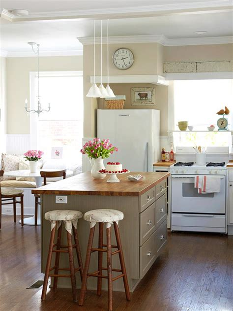 tips for small kitchen decoration small kitchen