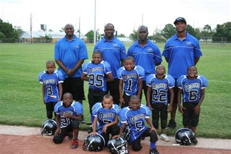 little league football players little league football teams pictures to pin on pinterest