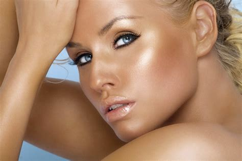 how to get the best tan in a tanning bed top ten reasons you should rethink spray tanning