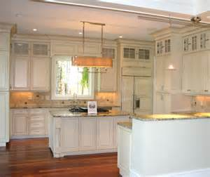Beadboard Backsplash Kitchen Thingswelove Stackedkitchencabinets Design Chic Design Chic