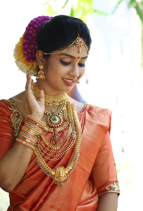 bridal hairstyles in kerala shafeenaz bridal makeup thrissur