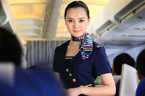 9 things you should never say to a flight attendant new