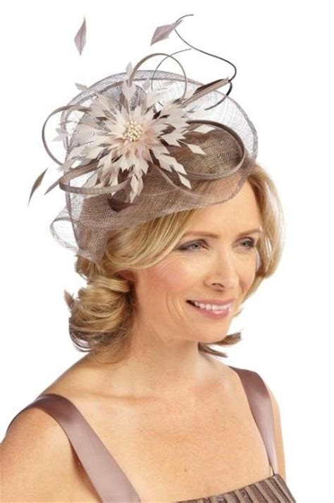 fascinators for mother of the bride special guests how the mother of the bride can get a modern wedding look fascinator weddings and fascinator hats