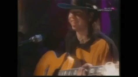 stevie ray vaughan  unplugged  mtv shreds unbelievable acoustic pride  joy daily