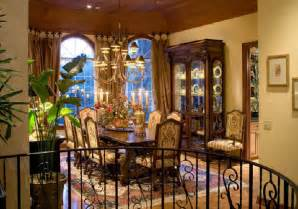 Mediterranean Style Home Interiors by Mediterranean Interior Design
