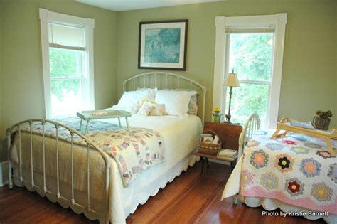 green country bedroom country living decorating the decorologist