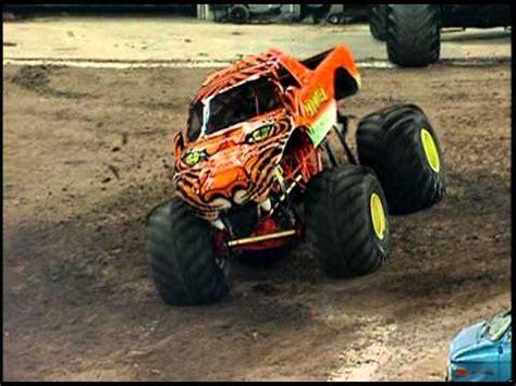monster truck jam toronto monster jam prowler vs bulldozer monster truck toronto