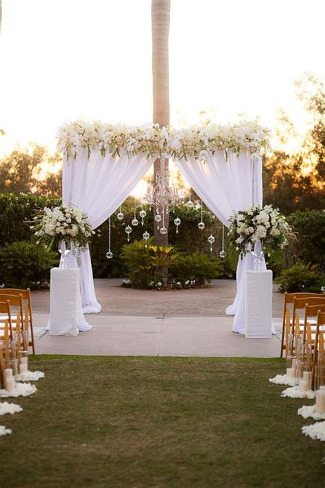 Wedding Arbor Decoration by Best 25 Wedding Arbor Decorations Ideas On