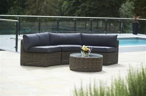 Rattan Sofa Garten