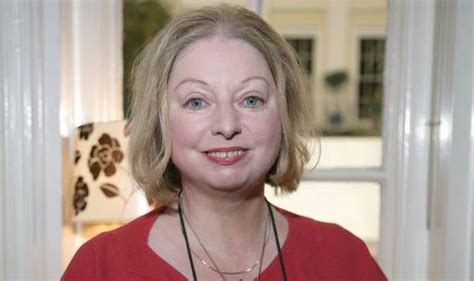 hilary mantel ahead of novel the mirror and the light