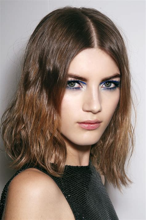 short hairstyles with a middle part 10 low maintenance lob length cuts we love stylecaster
