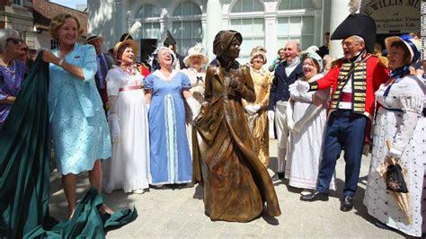 World First Statue Of Jane Austen Unveiled Cetusnews | world first statue of jane austen unveiled cetusnews