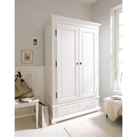 Kleiderschrank Weiß Mit Einlegeböden by Die Besten 17 Ideen Zu Kleiderschrank Landhausstil Auf