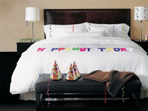Decorating A Hotel Room For A Birthday by Birthday Hotel Room Decoration Service Uberoom