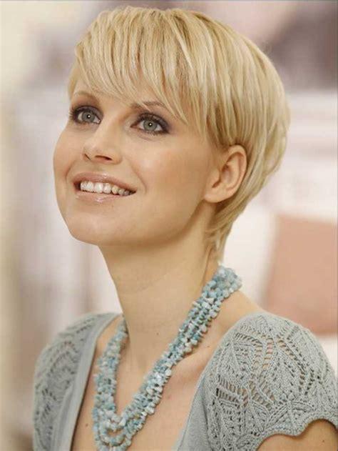 Fantastische Stylen Ideen Haar Damenfrisuren F 252 R Feines Haar Frisuren Frauen Lang