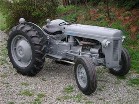 1953 Ferguson To30 Antique Tractor