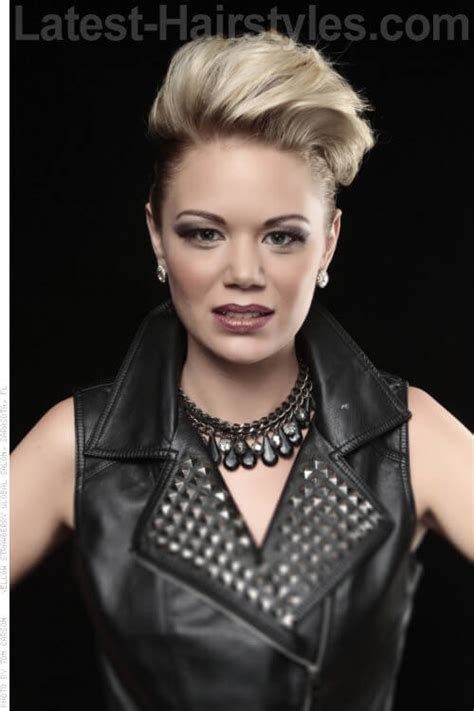 faux hawk good for round faces 25 short hairstyles for round faces you can rock