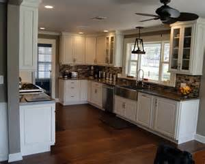 Diamond Prelude Kitchen Cabinets Mid Sized L Shaped Kitchen Design Ideas Remodels Amp Photos