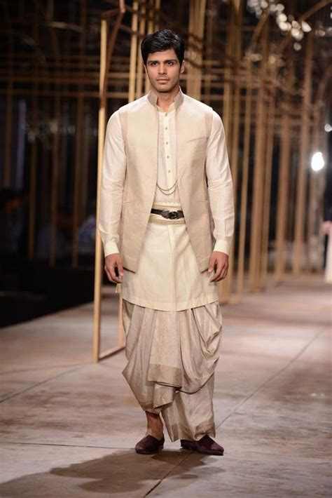 video a guide to traditional suits for men ehow 260 best kurta design images on pinterest