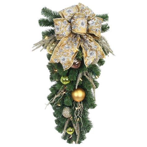 home accents holiday   led pre lit manhattan