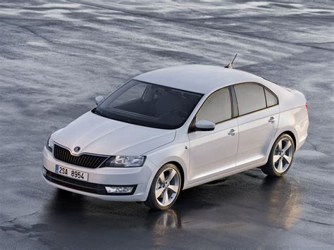 skoda rapid 2013 car picture 01 of 74 diesel station