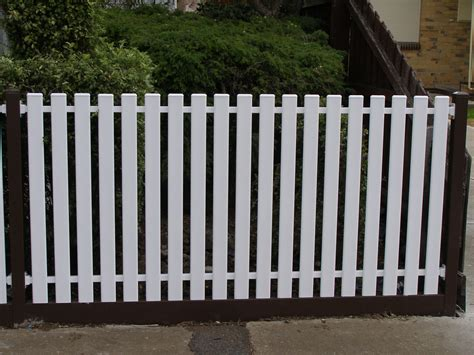 Metal Pickets Steel Picket Fencing Metal Picket Fencing Steel Fences