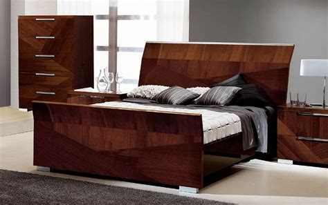 Modern Sleigh Bed Great Modern Sleigh Bed With 12 Magnificent Pictures Of Sleigh Beds All King Bed Furniture