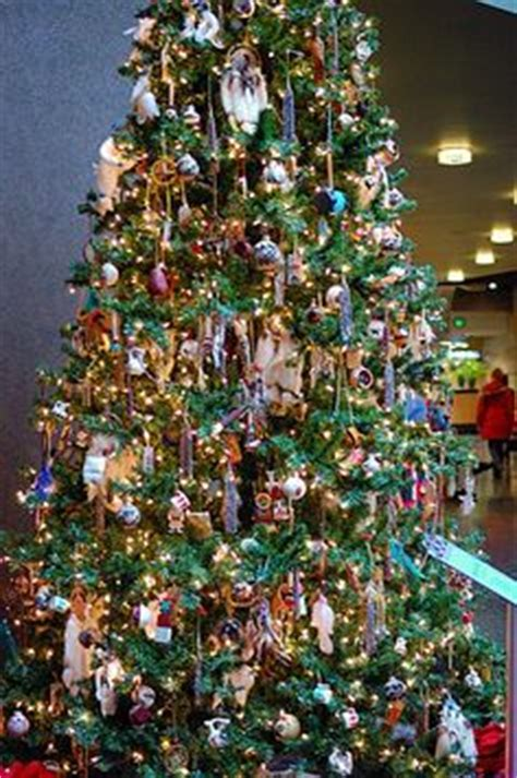 1000 images about american indian christmas trees