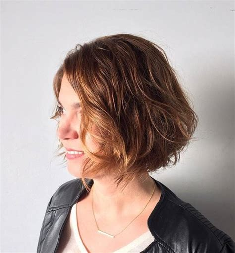 60s hairstyle thick wavy 60 classy short haircuts and hairstyles for thick hair